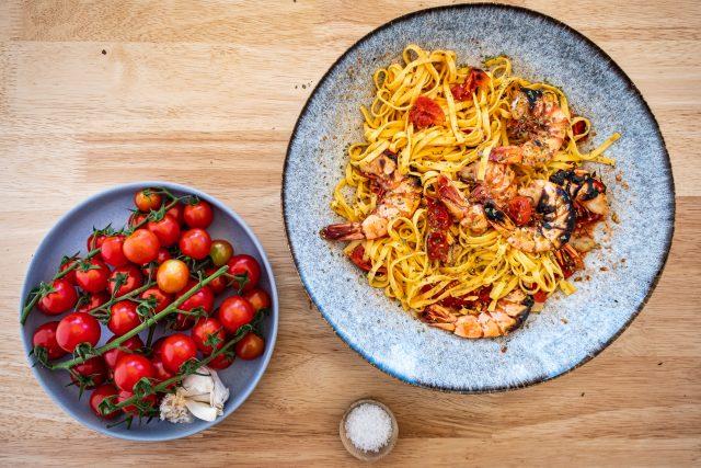 Garnelen Pasta, Teller, Tomaten