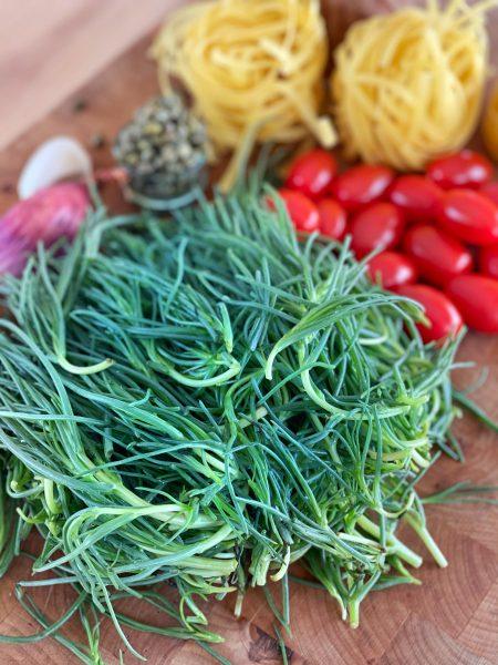 mönchsbart, tomaten, kapern, pasta, knoblauch